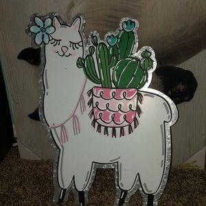 Metal llama wall decor